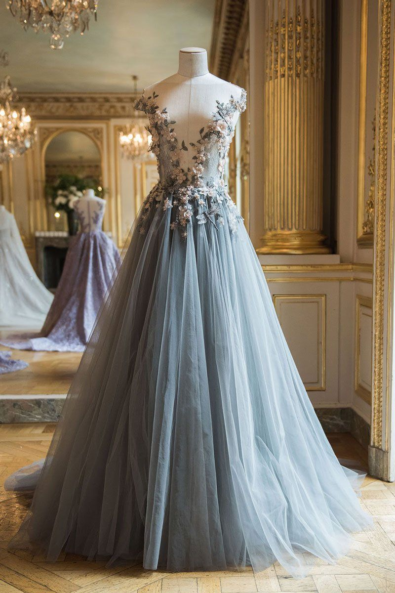 Grey lace wedding dress  Elegant round neck tulle lace applique long prom dress gray evening