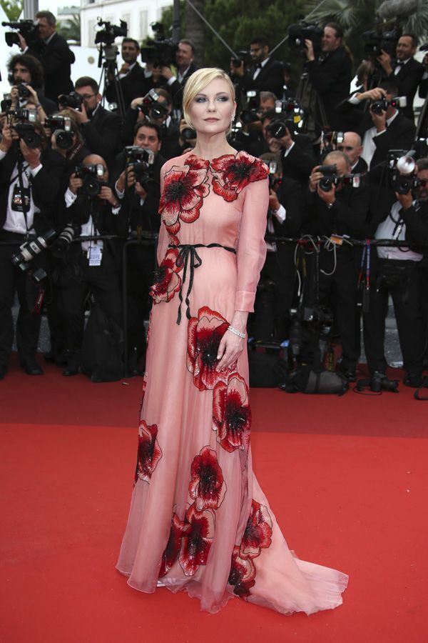 Cannes 2016: Kirsten Dunst con vestido de Gucci | Red Carpet | Pinterest