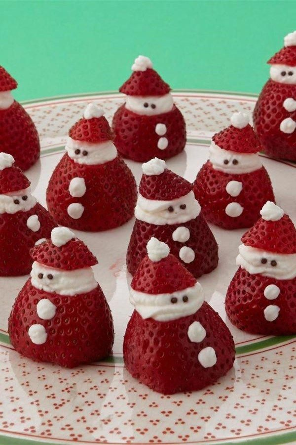 Mini Strawberry Santas |