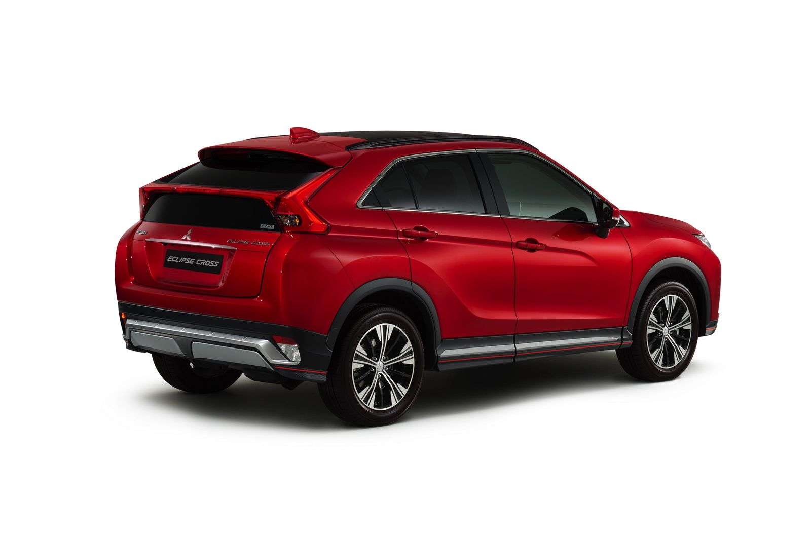 Mitsubishi Eclipse Cross Could Spawn A Family Of Models Carscoops Mitsubishi Eclipse Mitsubishi Small Sports Cars