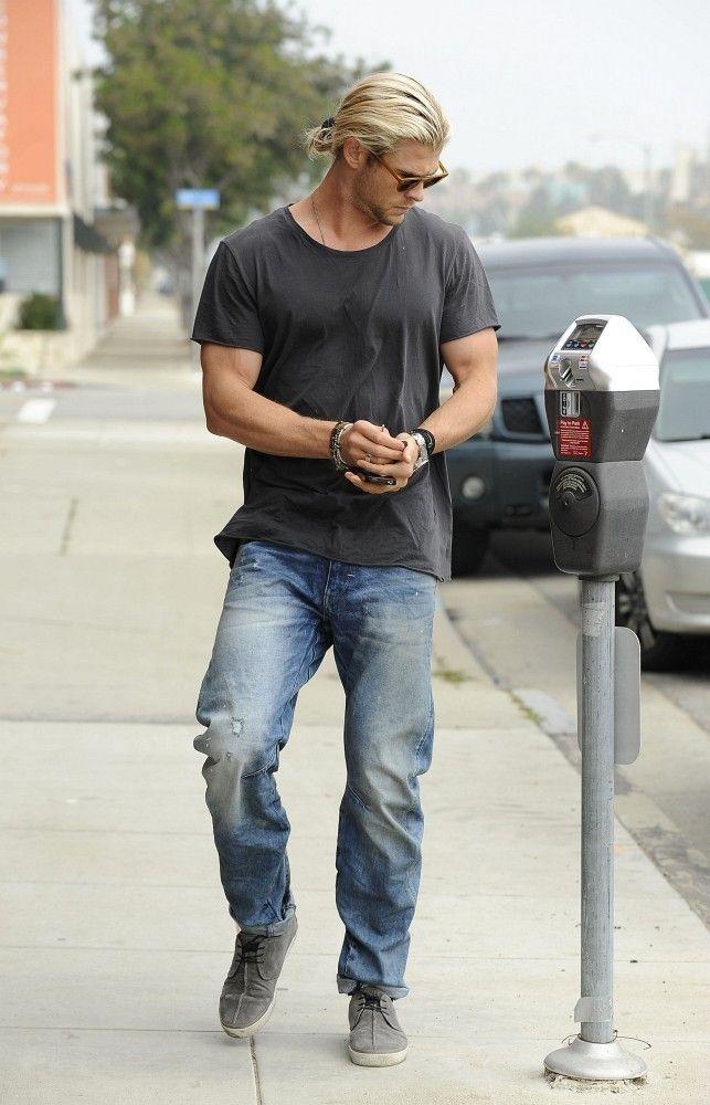 Chris Hemsworth Classic Jeans