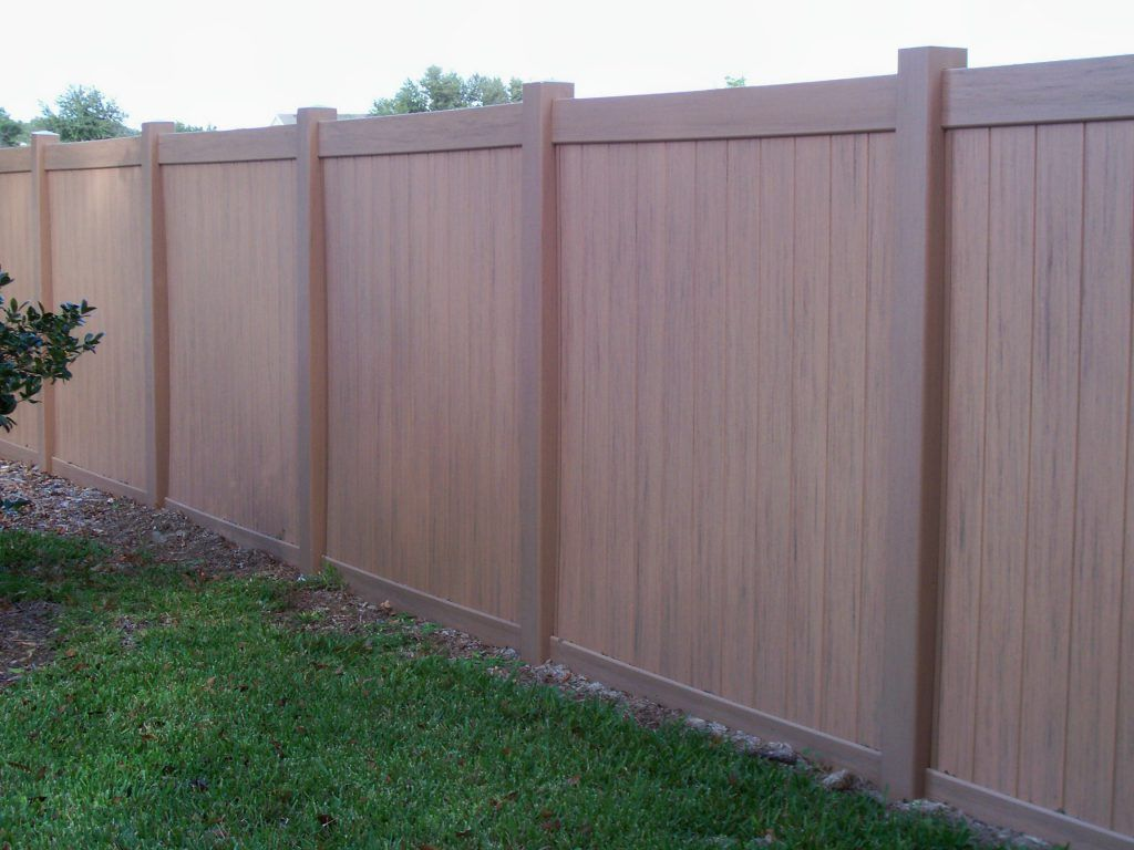Exterior Lovely Cheap Fence Ideas For Privacy Also 10 Foot Privacy Fence Ideas Privacy Fence Ideas To Consider A Fence Design Privacy Fence Designs Vinyl Fence