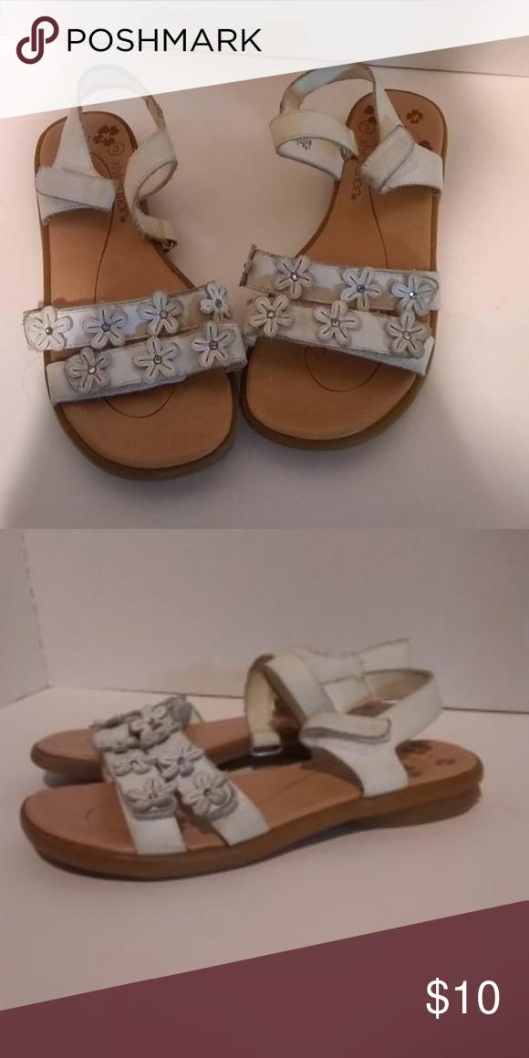 5594a2c0216c Xhilaration Sandals Size 3 Xhilaration Sandals Size 3 Xhilaration Shoes  Sandals   Flip Flops