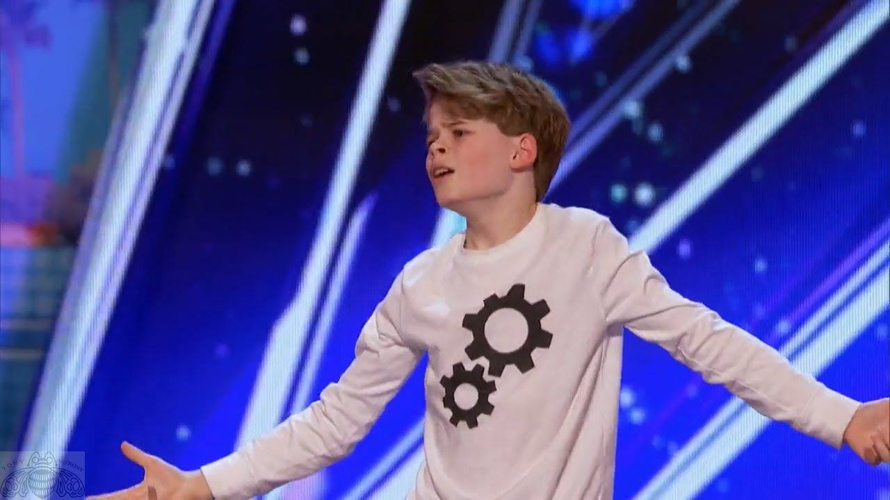 Americas got talent 2017 9 year old opera singer - America S Got Talent 2017 Merrick Hanna 12 Year Old S Captivating Dance