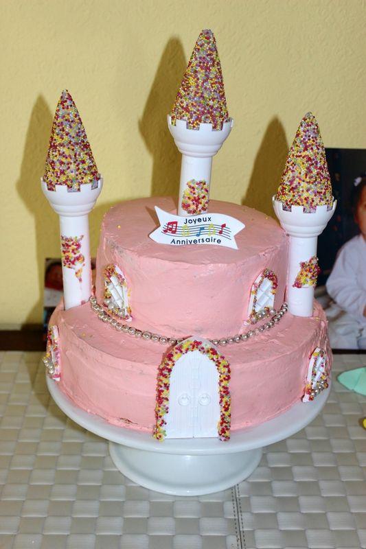 Gâteau château de princesse (pour le premier anniversaire de ma petite)