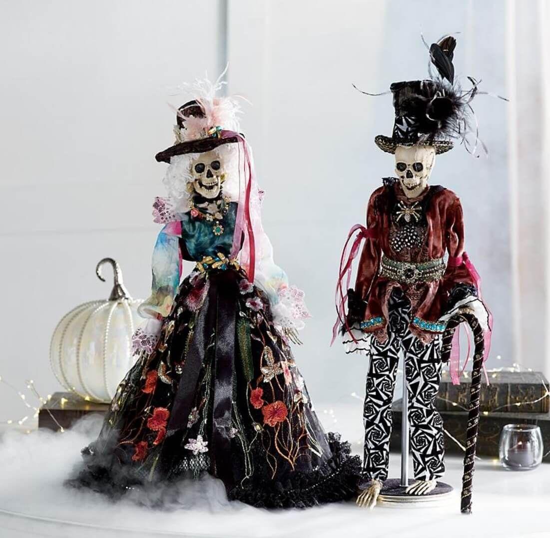 Skeleton Decor Ideas For An Awesome Halloween Skeleton Decorations Mark Roberts Halloween Fashion