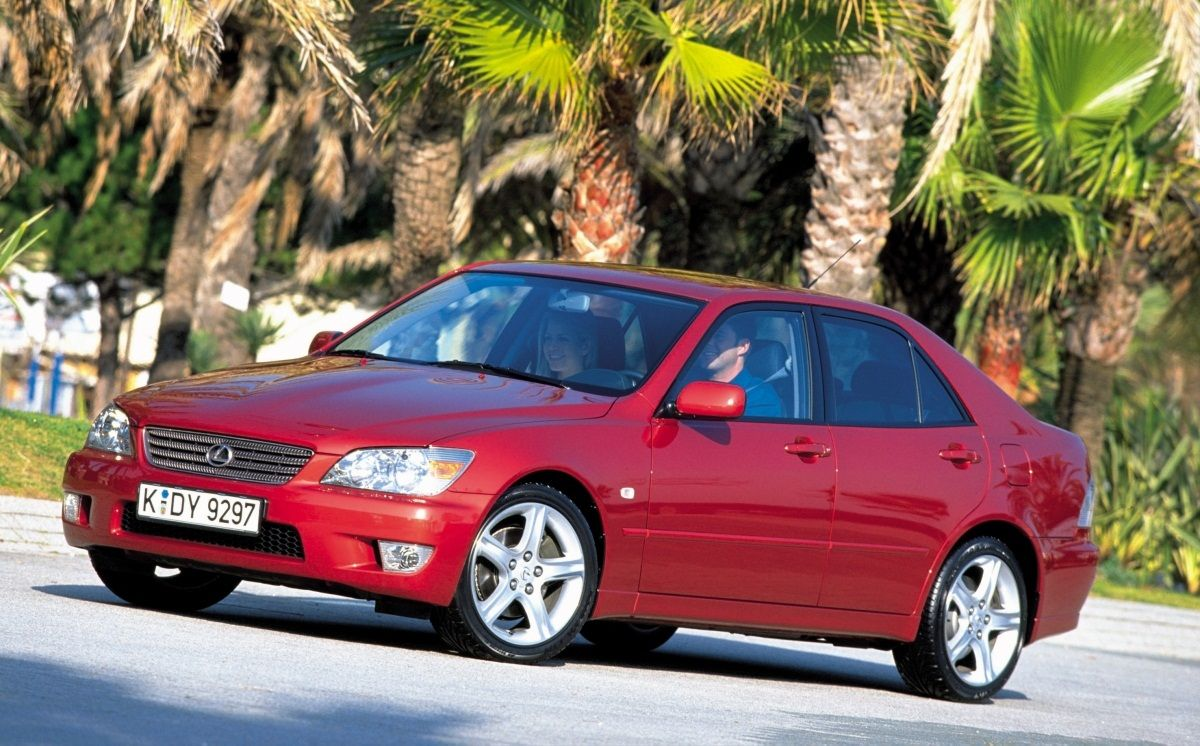 Lexus Is 1998 2005 Description History Produced Between 1998 And 2005 The First Generation Of The Lexus Is Was Available With Two Engine Configurations 200 Lexus Lexus Is300 Toyota