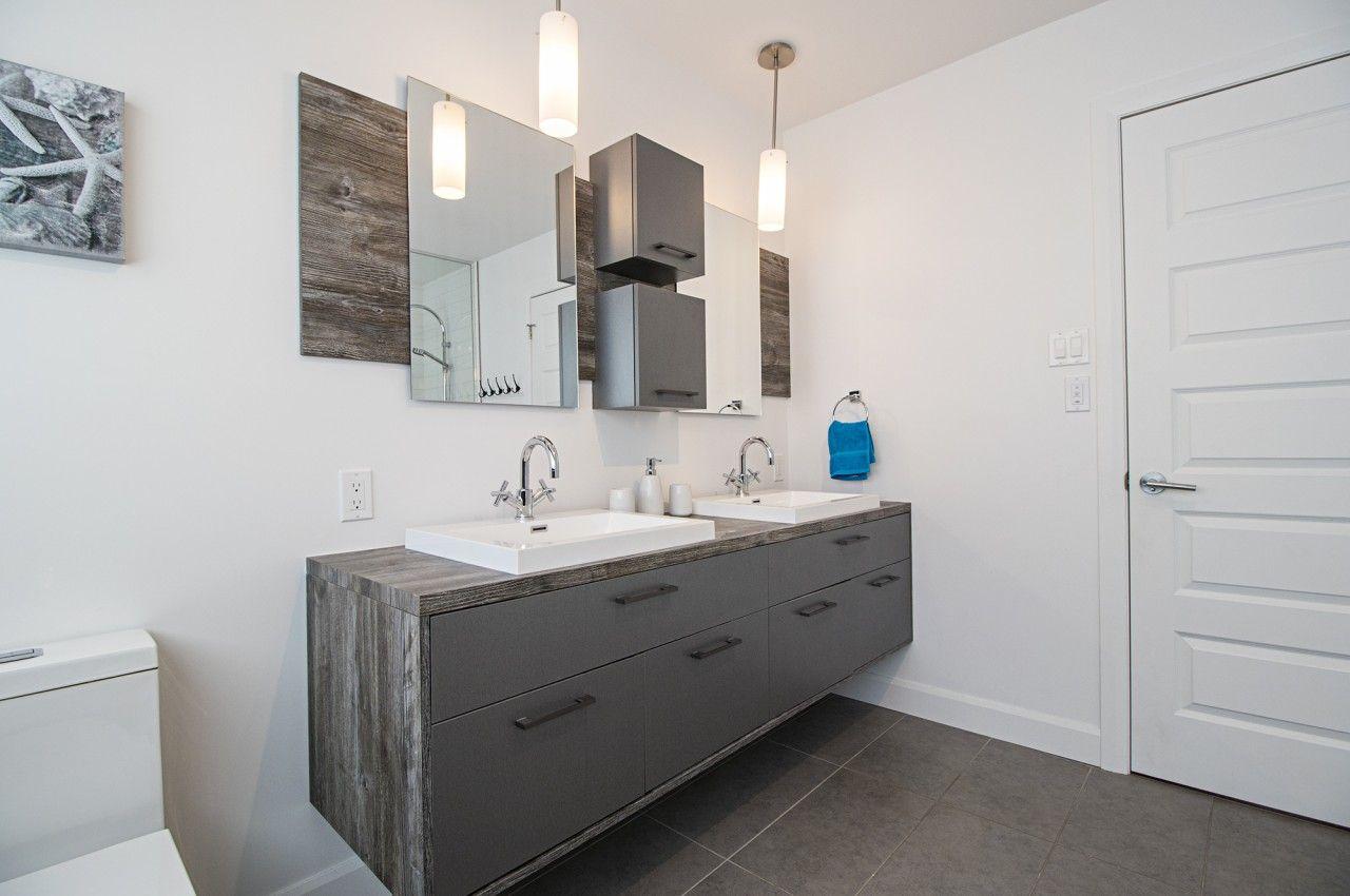 Vanité Salle de bain minimaliste simple gris charcoal bois ...