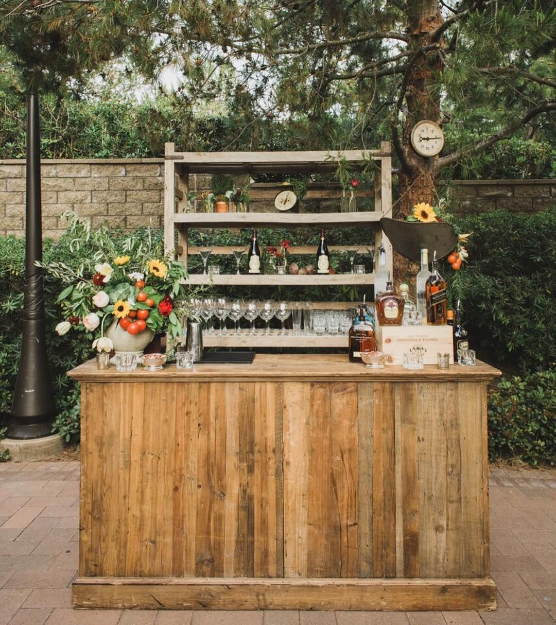 What better than our rustic bar stocked with the finest vino for an Italian festa designed by @crosbyandjon