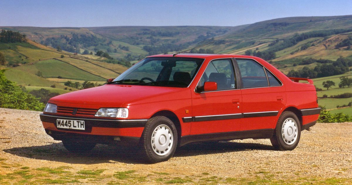 Peugeot Is Selling Brand New 405s For 7800 The 30 Year Old Peugeot 405 Has Been Saved From Retirement Thanks To Cars Autos Automo Peugeot Automobilia Car