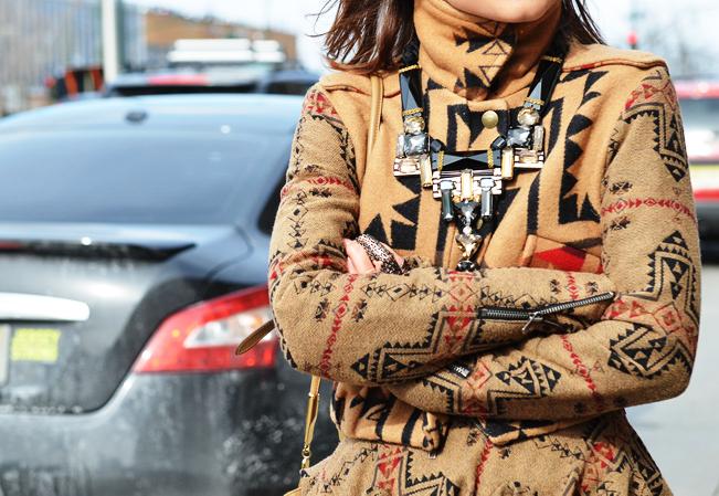 Miro Duma's neck gear...