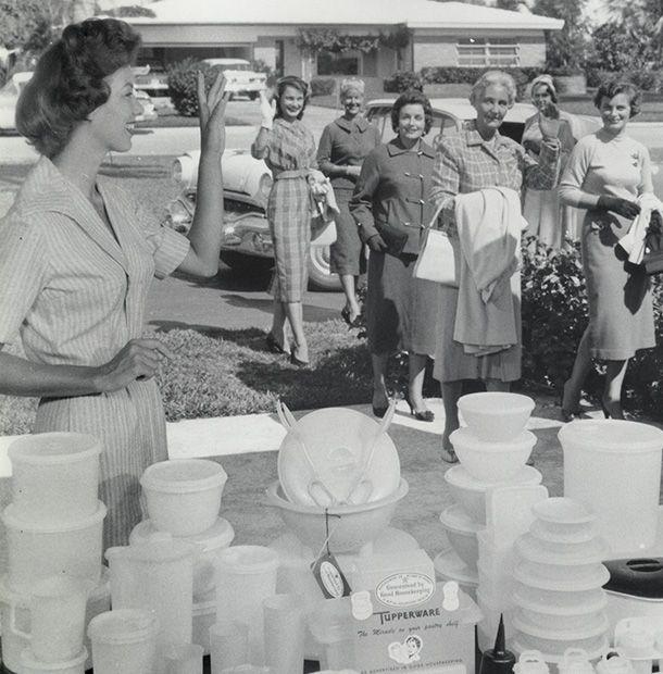 Tupperware History in My Own Backyard