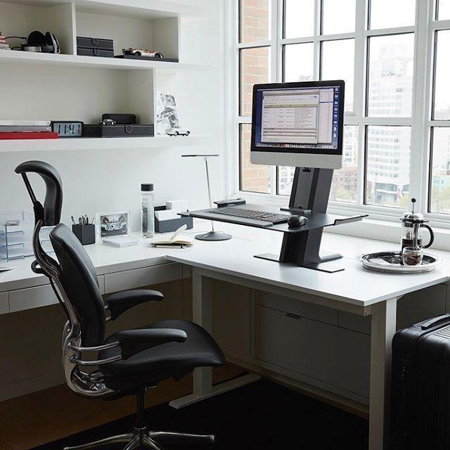 Ao montar um escritório, atente-se na hora da escolha e compra da cadeira. Afinal de contas, é nela que você vai passar boa parte do dia.