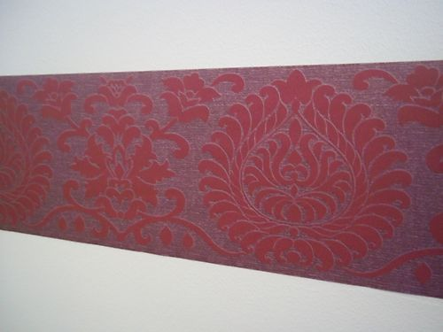 Damask Red Pattern Modern Bed Room Wallpaper Border Self Adhesive 5 Metres Long Ebay Room Wallpaper Modern Bed Red Pattern