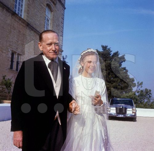 Gersende De Sabran Ponteves With Her Father The Duke Of