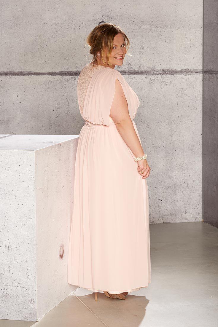 Was für ein unglaublich traumhaftes Outfit, das Melanie Schlegel