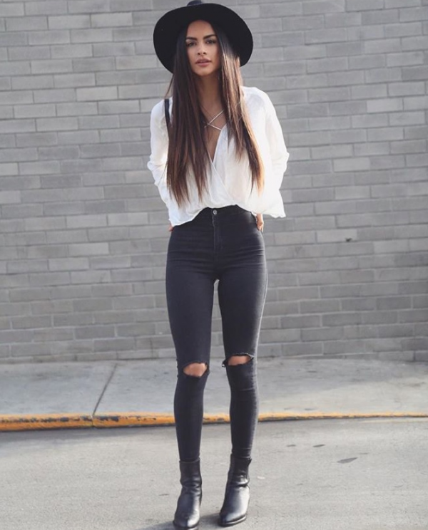 Outfits con más ripped para jeans negros con ser chica la SAjLq4Rc35