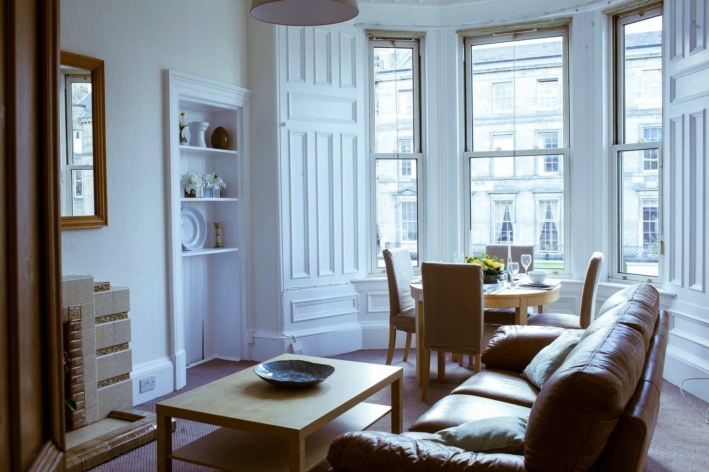 Amazing Elm Row City Centre Apartment - Flats for Rent in ...