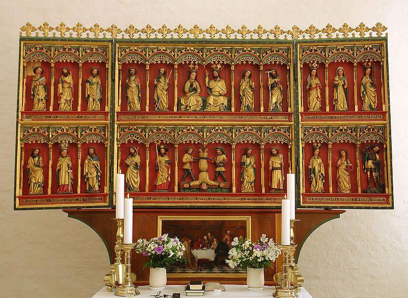 St.-Peter-Kirche in Højer: gotischer Flügelaltar von 1425, wahrscheinlich aus einer Lübecker Werkstatt