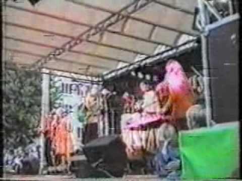 Kelly Family: Kiel 1992: Movin Body (Irish Blues) - YouTube