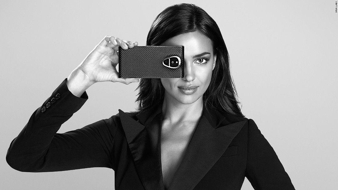 Solarin el smartphone con seguridad militar exclusivo para famosos y ricos http://www.audienciaelectronica.net/2016/06/solarin-el-smartphone-con-seguridad-militar-para-famosos-y-ricos/