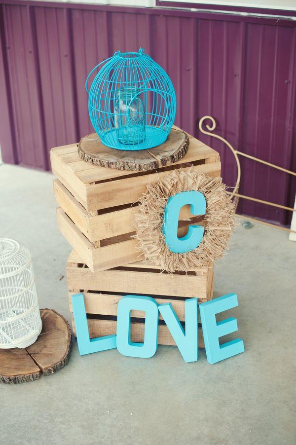 Rustic wedding decor {Photo by Melissa Copeland via Project Wedding}