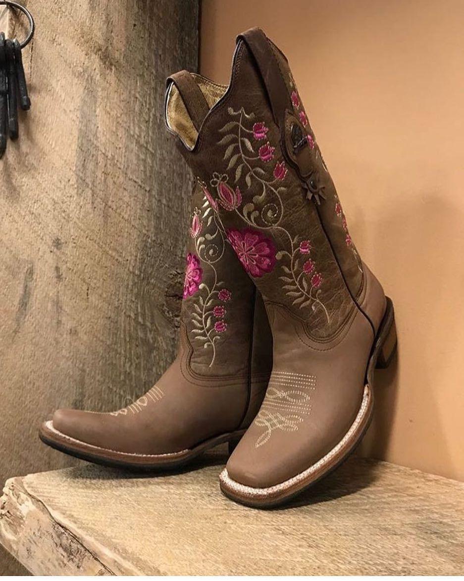 60% barato modelos de gran variedad baratas Pin de Keri Giordano en Boots en 2019   Moda vaquera, Botas ...