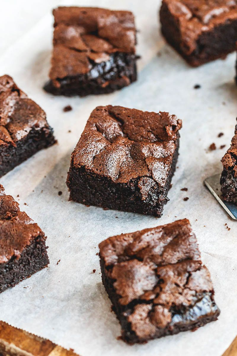 Super Fudgy Low-Carb Keto Brownies Recipe