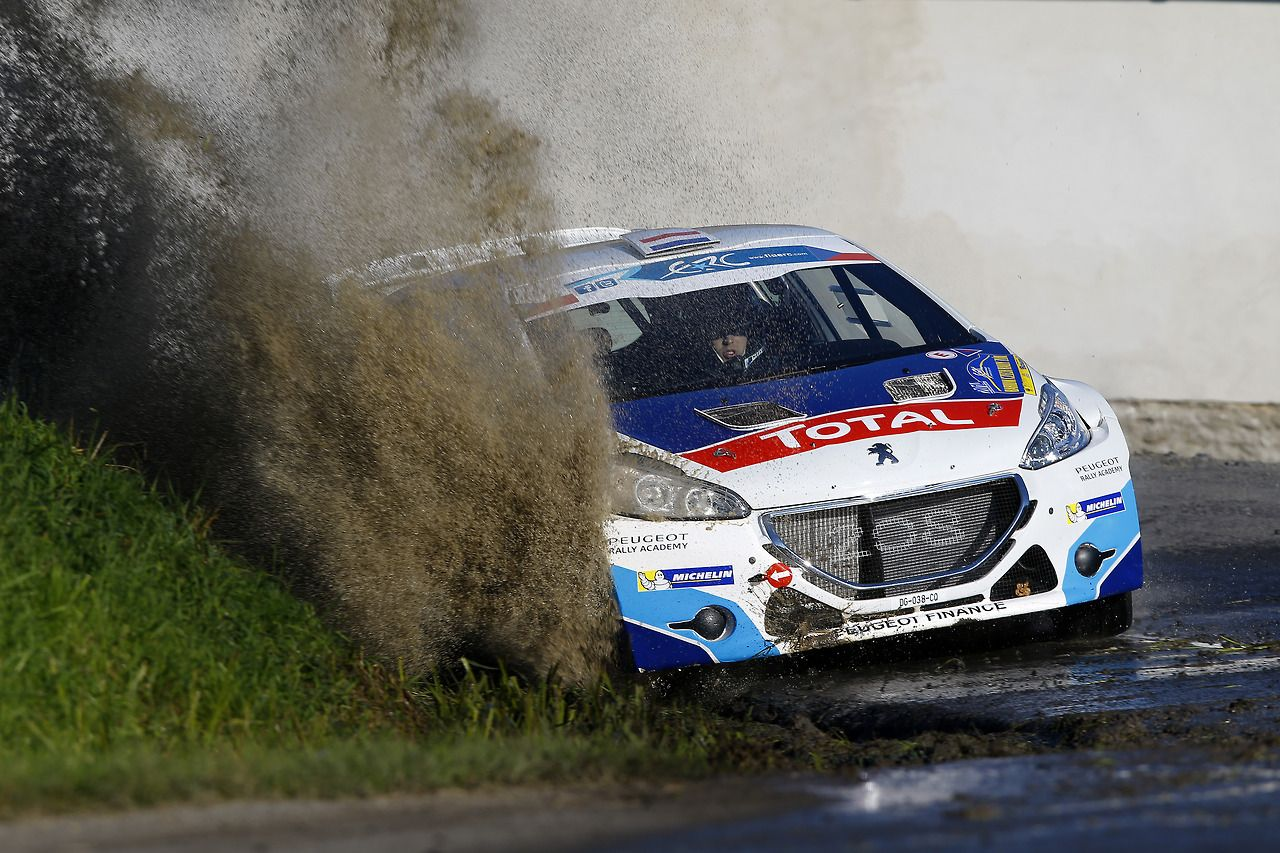 Peugeot 208 T16 rally car | Rally Cars | Pinterest | Rally car ...