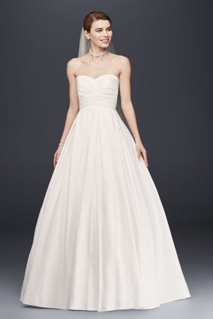 Sweetheart Wedding Dress with Pleated Empire Waist Style 4XLWG3707 ...