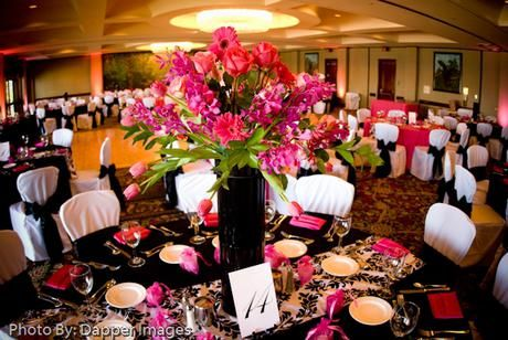 A Pink Themed Wedding In The Aviary Ballroom On Mission Bay At The Catamaran Resort Hotel And Spa Pink Wedding Theme Table Decorations Barn Wedding