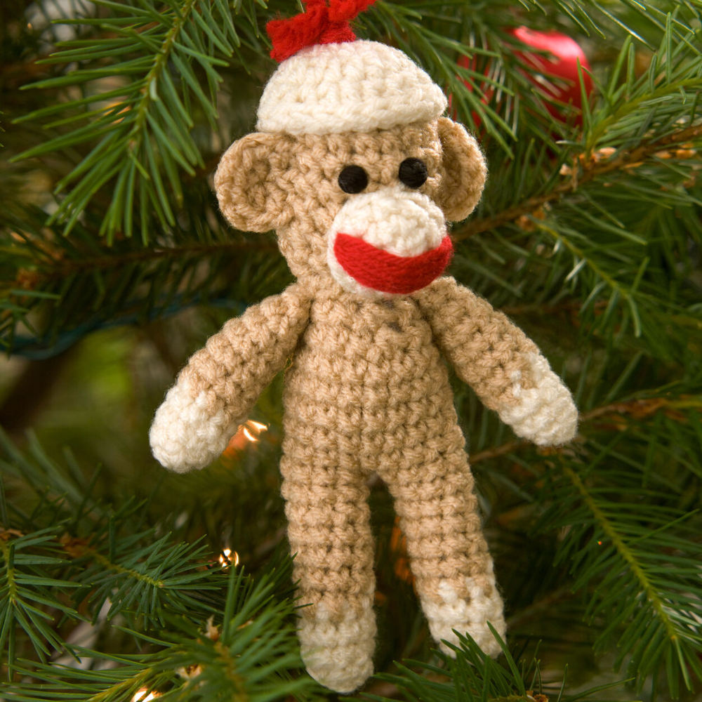 Red Heart Sock Monkey Ornament | Yarnspirations #sockmoneky Red Heart Sock Monkey Ornament | Yarnspirations #sockmoneky