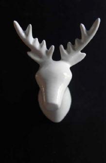 Oh deer i love this coat hook!