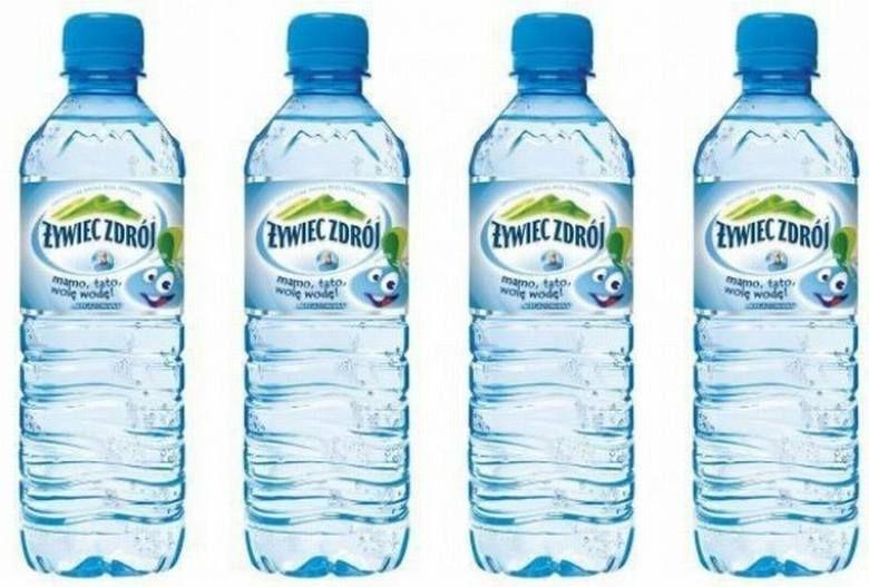 Policja Ostrzega Przed Piciem Jednej Z Wod Zrodlanych Dostepnych Na Rynku Jak Volvic Bottle Bottle Water Bottle