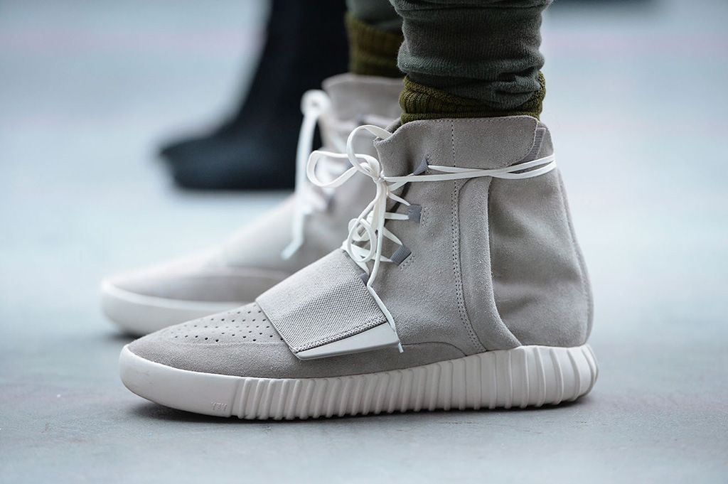 the best attitude e4102 d9748 Kanye West Reacts to the First Completed Pair of Yeezy 750 ...