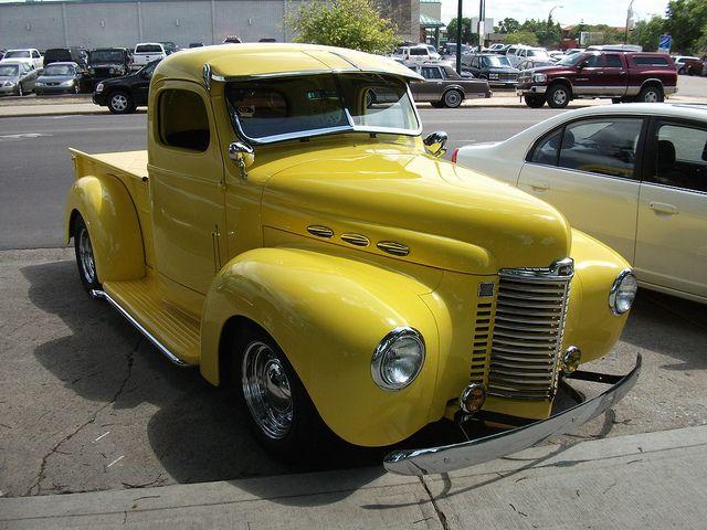 1947 international harvester pickup truck pick up pinterest voiture automobile et - Moissonneuse cars ...