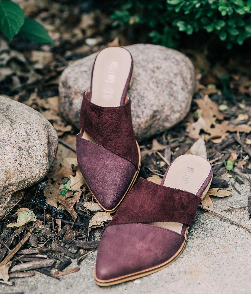 8ebf5ae05ef28 Thumbnail image front | Spoil me! | Shoes, Mules shoes, Latest shoe ...