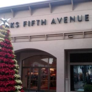Saks Fifth Avenue Fort Meyers 92 The Bell Towers Shops Fort Meyers Fl 1996 Sf 40 000 One Of The World S Great Depart Saks Fifth Avenue Avenue Saks