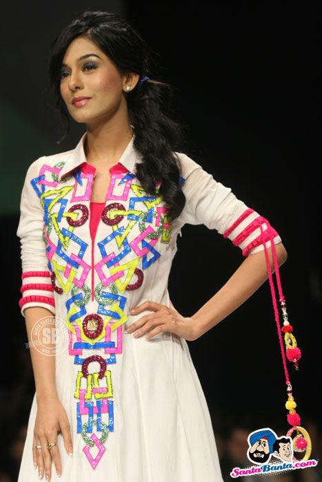 Amrita Rao Picture Gallery image # 182877 at Lakme Fashion Week Summer-Resort-2012 containing well categorized pictures,photos,pics and images.