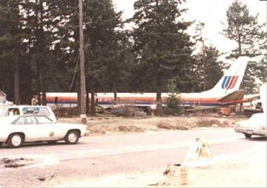 Image result for united airlines jet crashed in portland oregon