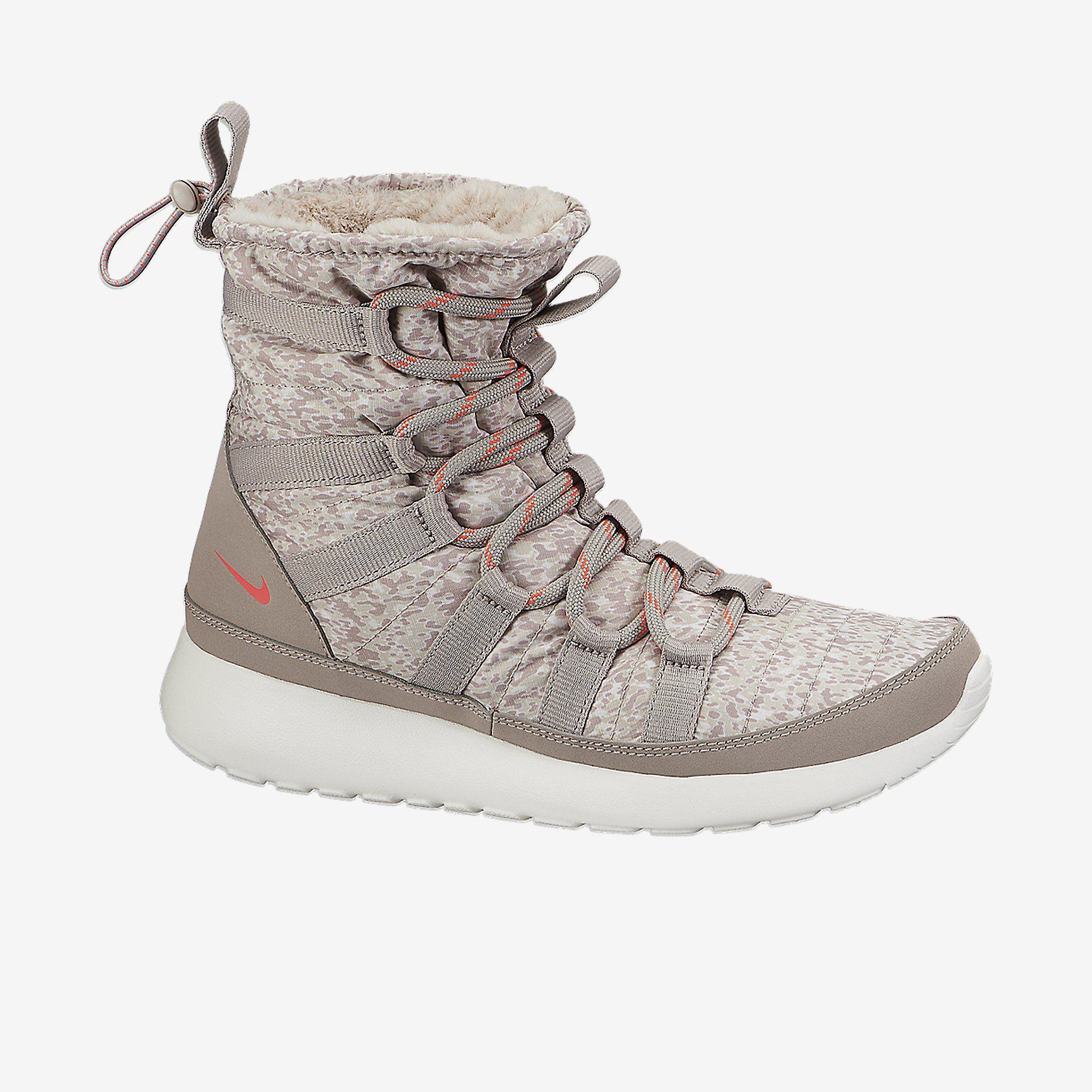 newest 54e6b 69a1b Nike Roshe Run Hi SneakerBoot Women s SneakerBoot. Nike Store