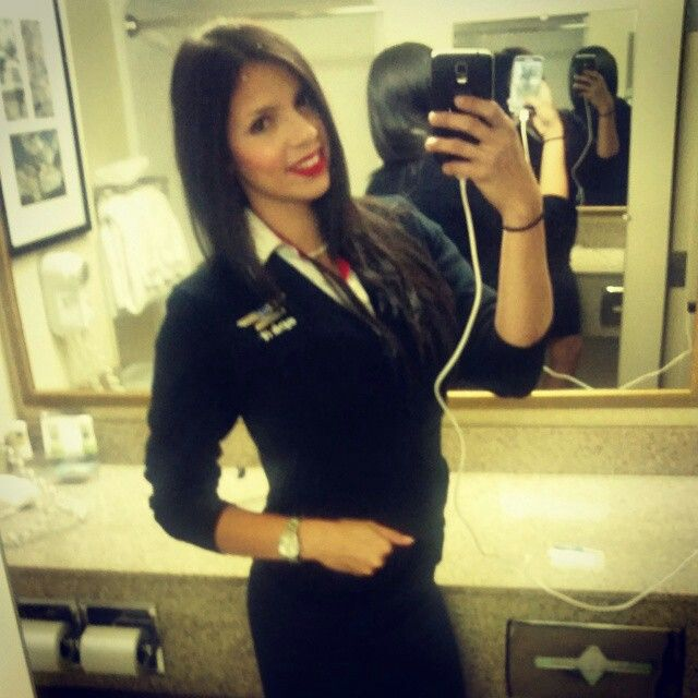 how to become a stewardess