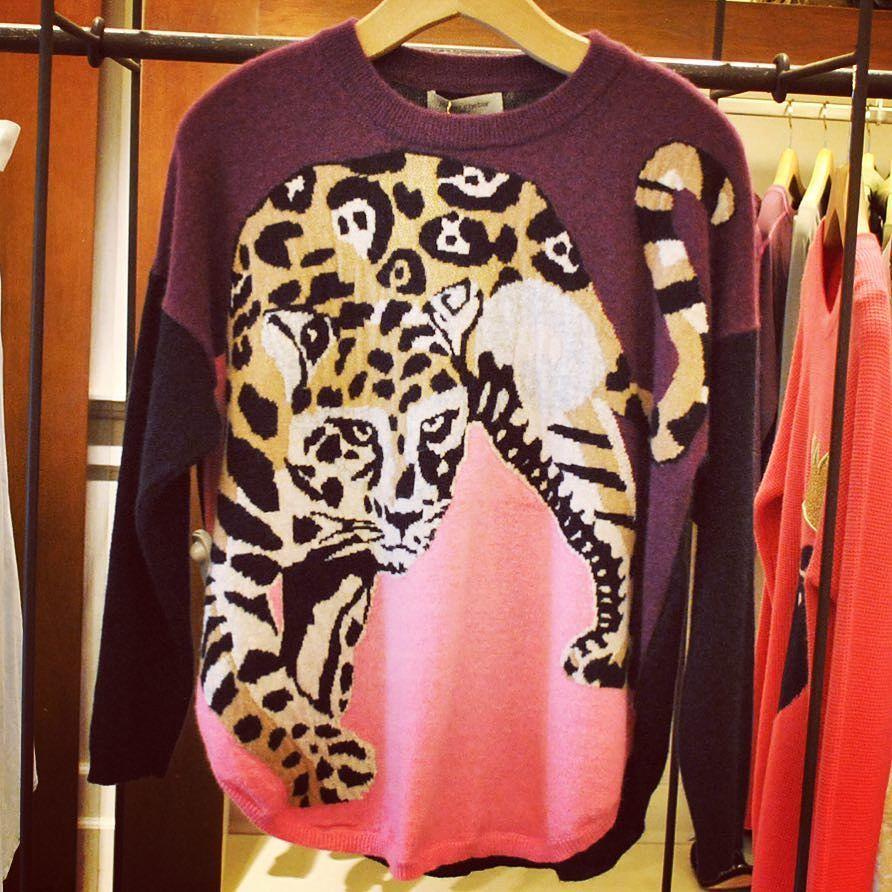 Toda la onda! #JazminChebar #NosEncanta #Moda #Sweater #Abrigo #Moda #Mujeres # Compras.