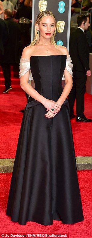 Jennifer Lawrence Dons Elegant Off The Shoulder Black Gown