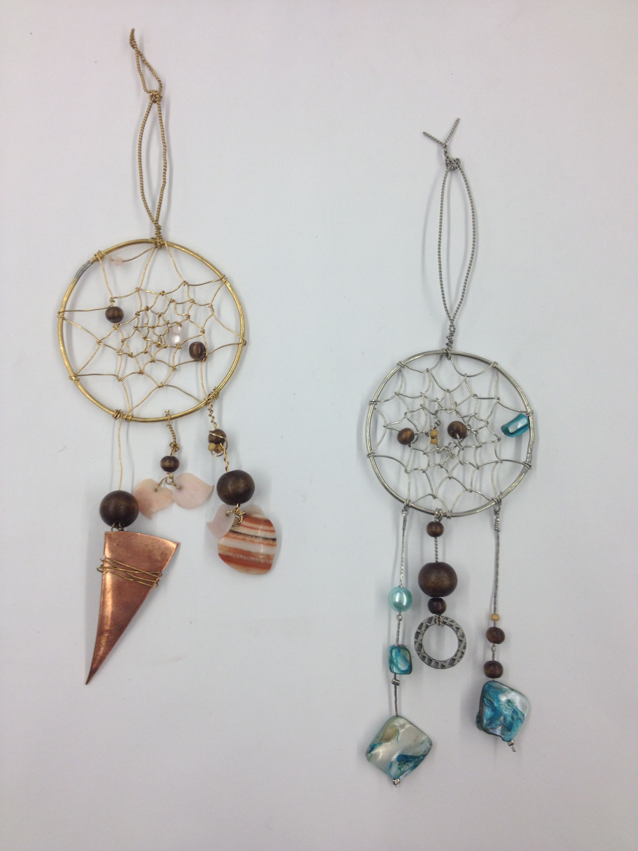 Metal dream catchers from wire and beads