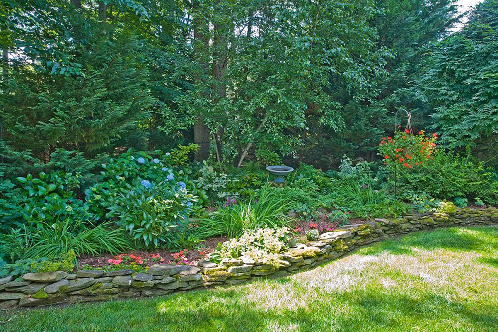 best garden design company in Bergen County, New Jersey Back yard - Garden Design Company