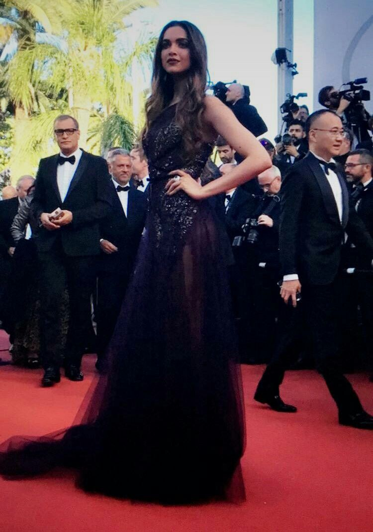 Deepika padukone at the opening ceremony of 70th cannes film festival new images
