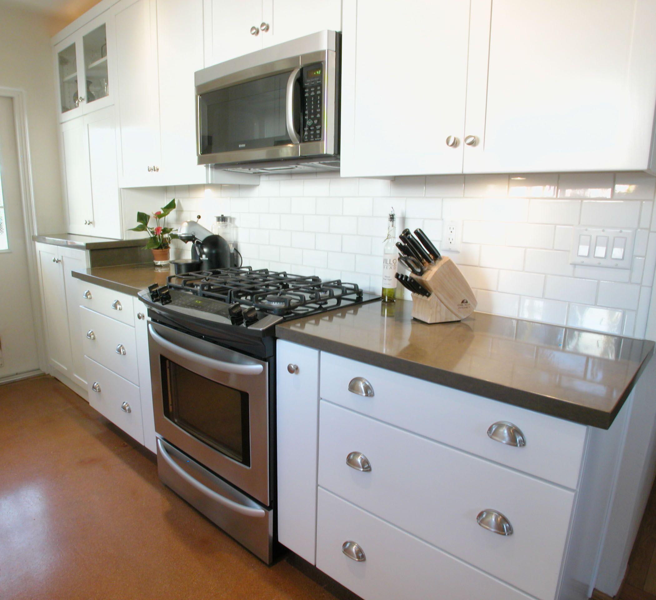Picture of Subway Tile Kitchen Backsplash Design White Color ...