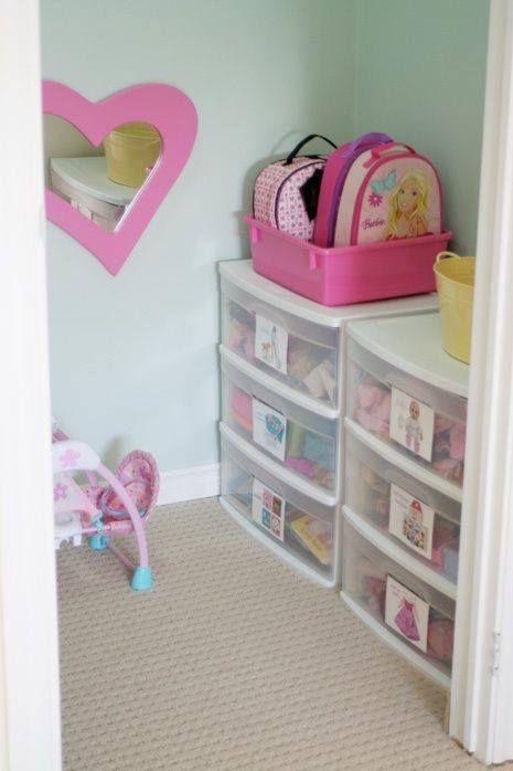 Unordnung im kinderzimmer praktische und kreative ideen wie man kuscheltiere und spielzeug - Bastelideen kinderzimmer ...