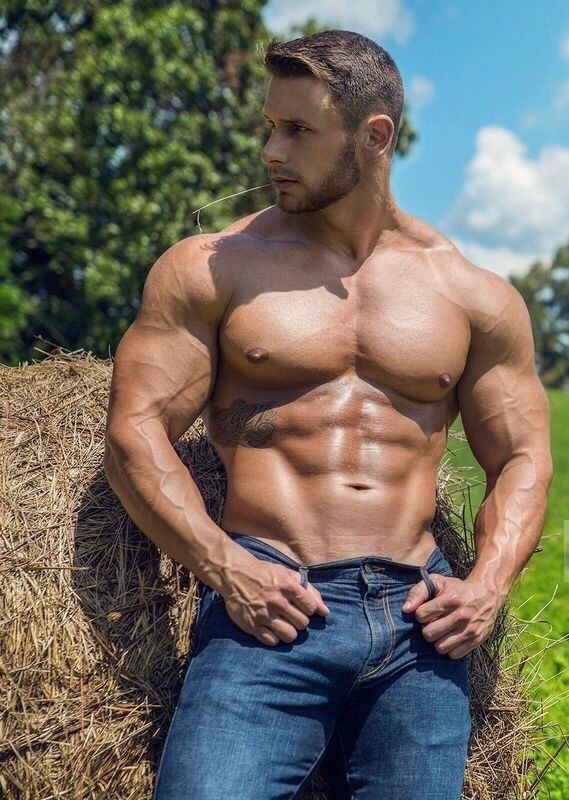 Beautiful gay hunks